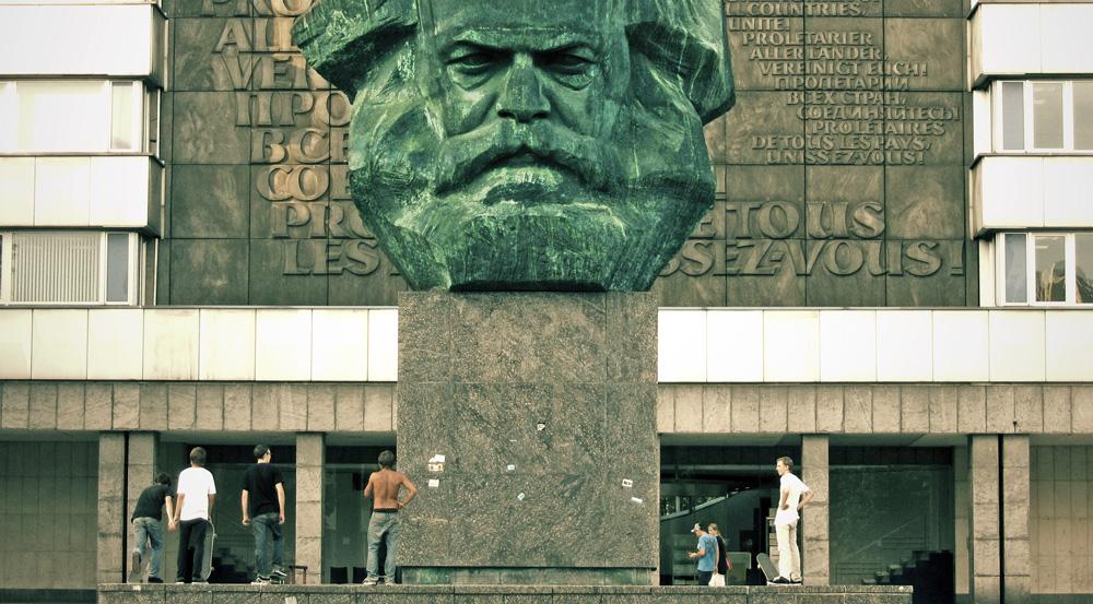 download Лев Толстой